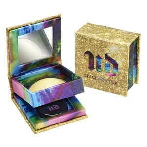 PICK 4 FOR 25 URBAN DECAY SPACE POWDER